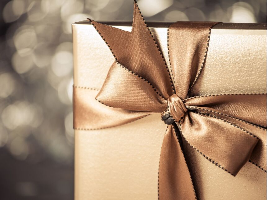 Top 10 Company Gifts that Will Put Your Brand on the Map